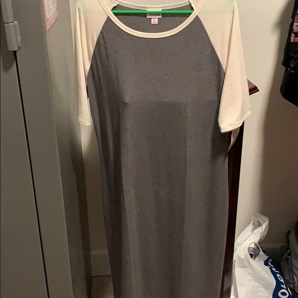 LuLaRoe Dresses & Skirts - Julia t shirt dress